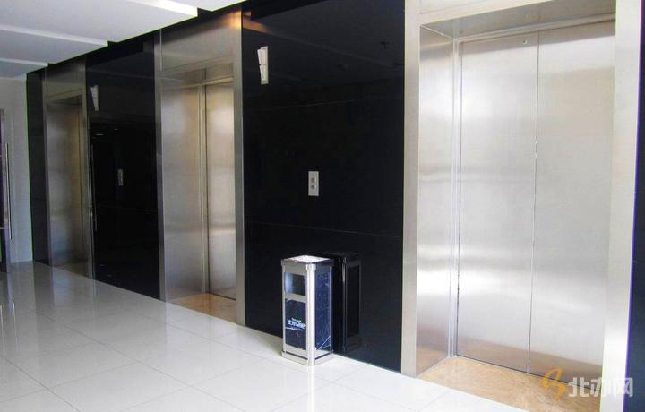 华文国际传媒大厦电梯厅
